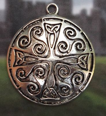 Celtic Spiral Eternity Medallion Jewelry Pendant