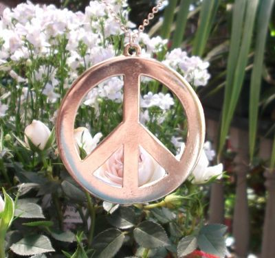 Extra-large Smooth Peace Sign Jewelry Pendant