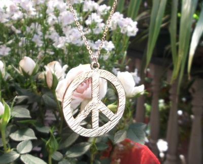 Medium Peace Sign Jewelry Pendant