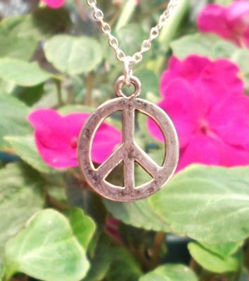 Small Smooth Peace Sign Jewelry Pendant