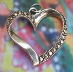 Fancy Open Heart Jewelry Pendant
